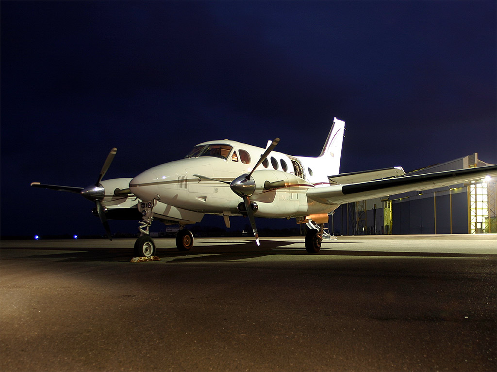 Beech 90 King Air - F-GLRZ