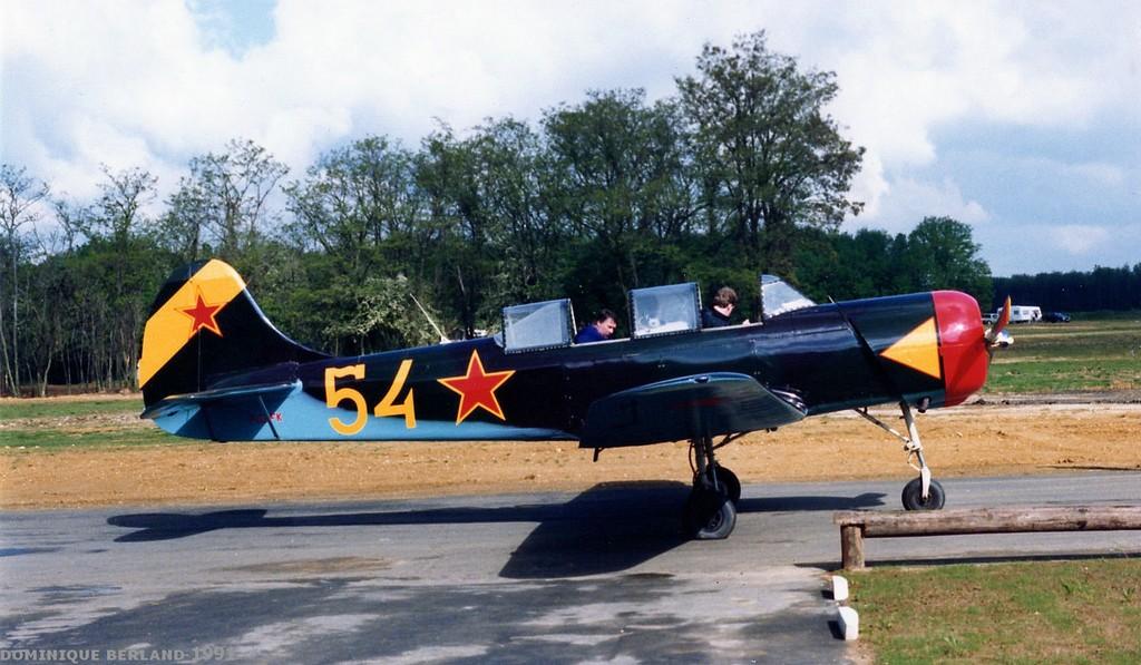 Yakovlev Yak-18 A - F-AZFK
