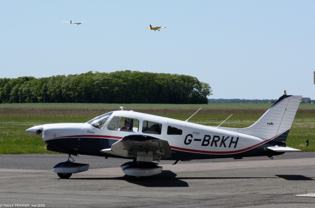Piper PA-28-236 Dakota - G-BRKH