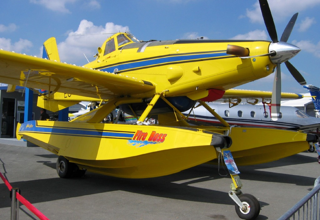 Air Tractor AT-802 - EC-JIH