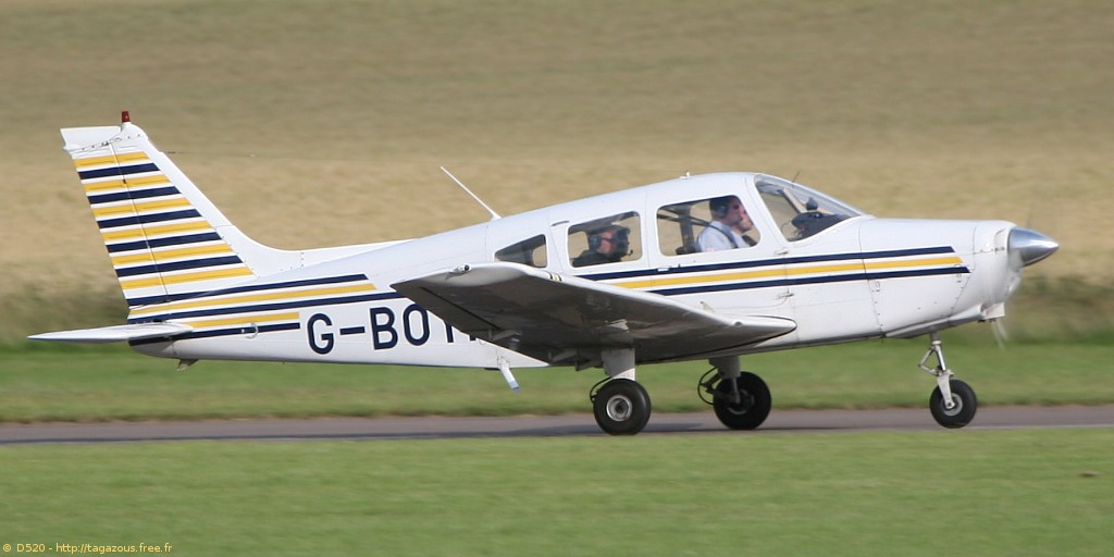 Piper PA-28-151 Warrior - G-BOYH