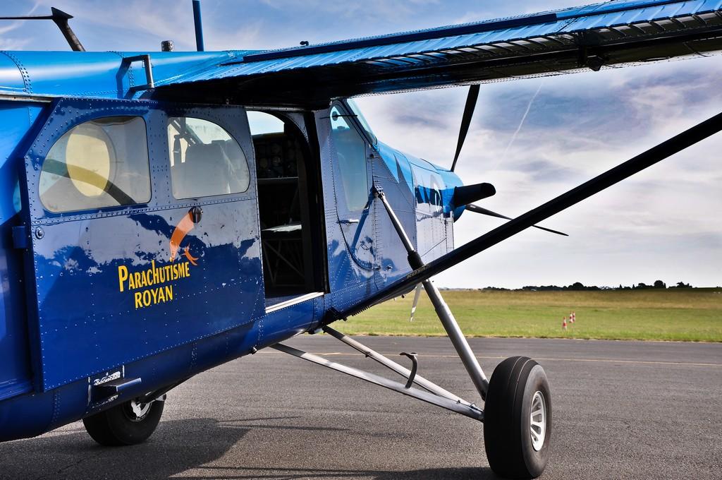 Aérodrome de Royan Médis 22578