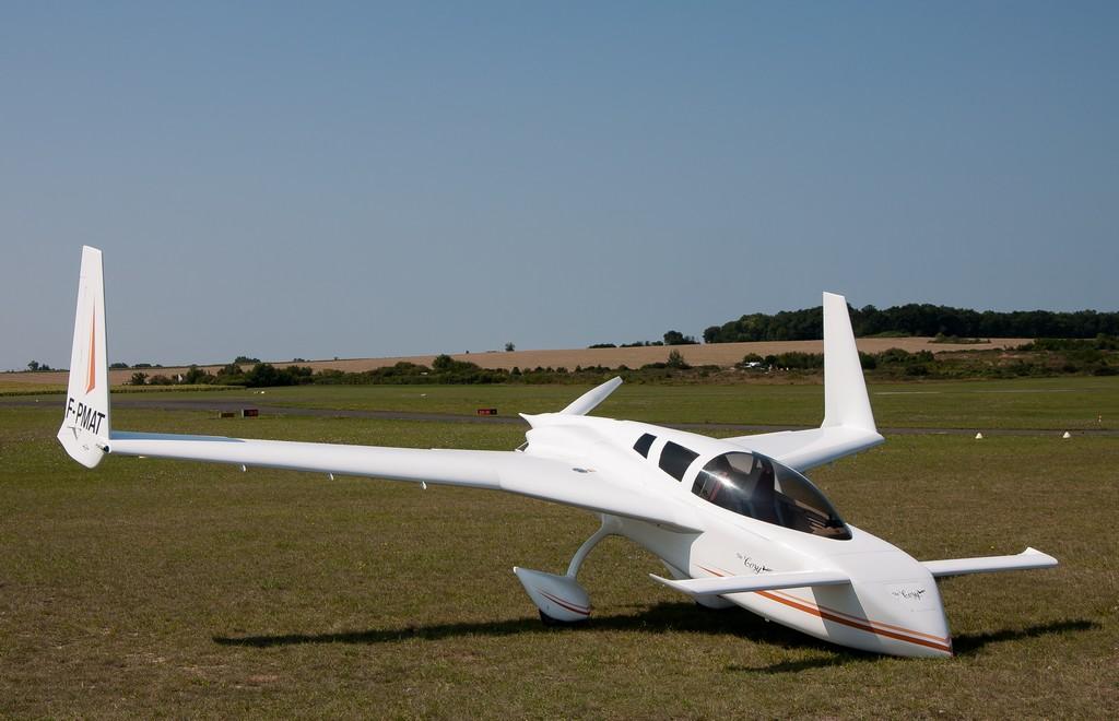 Aérodrome de Royan Médis 23777