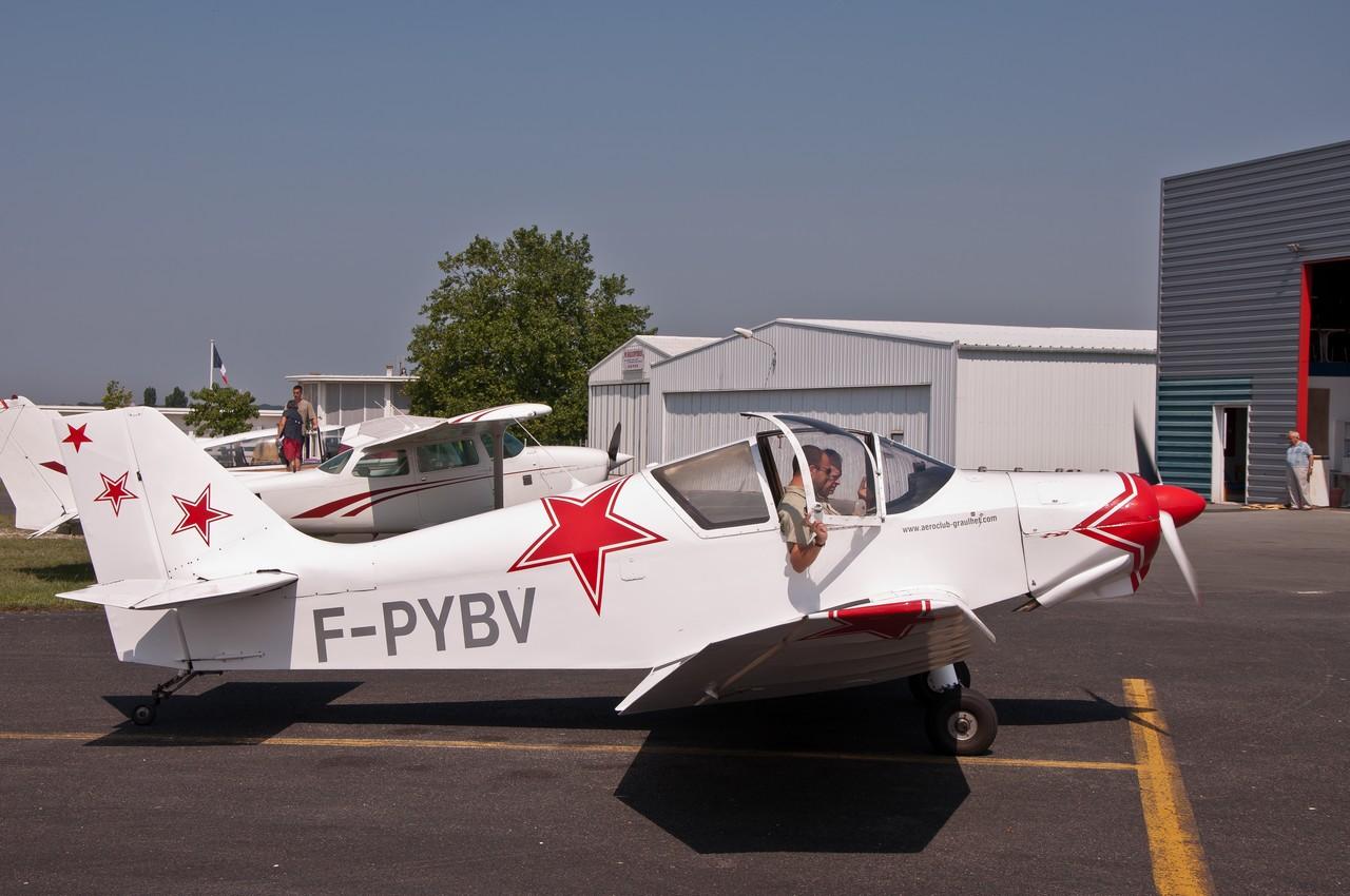 Aérodrome de Royan Médis 25202