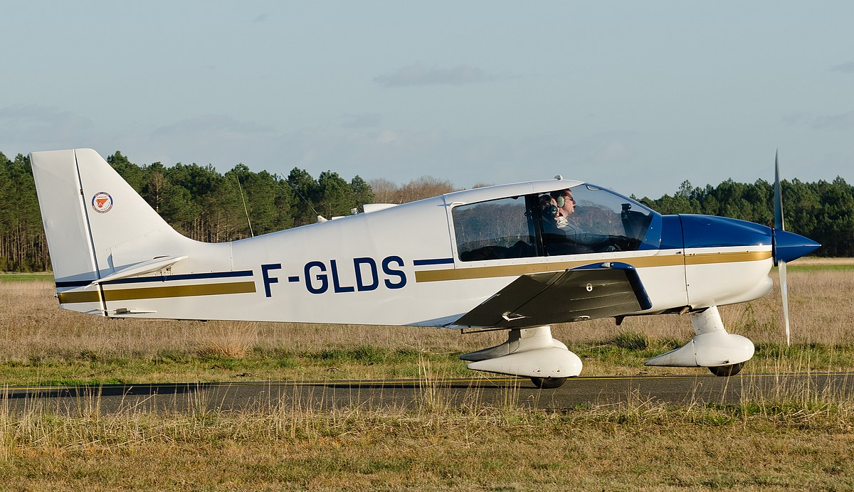 Robin DR 400-100 - F-GLDS