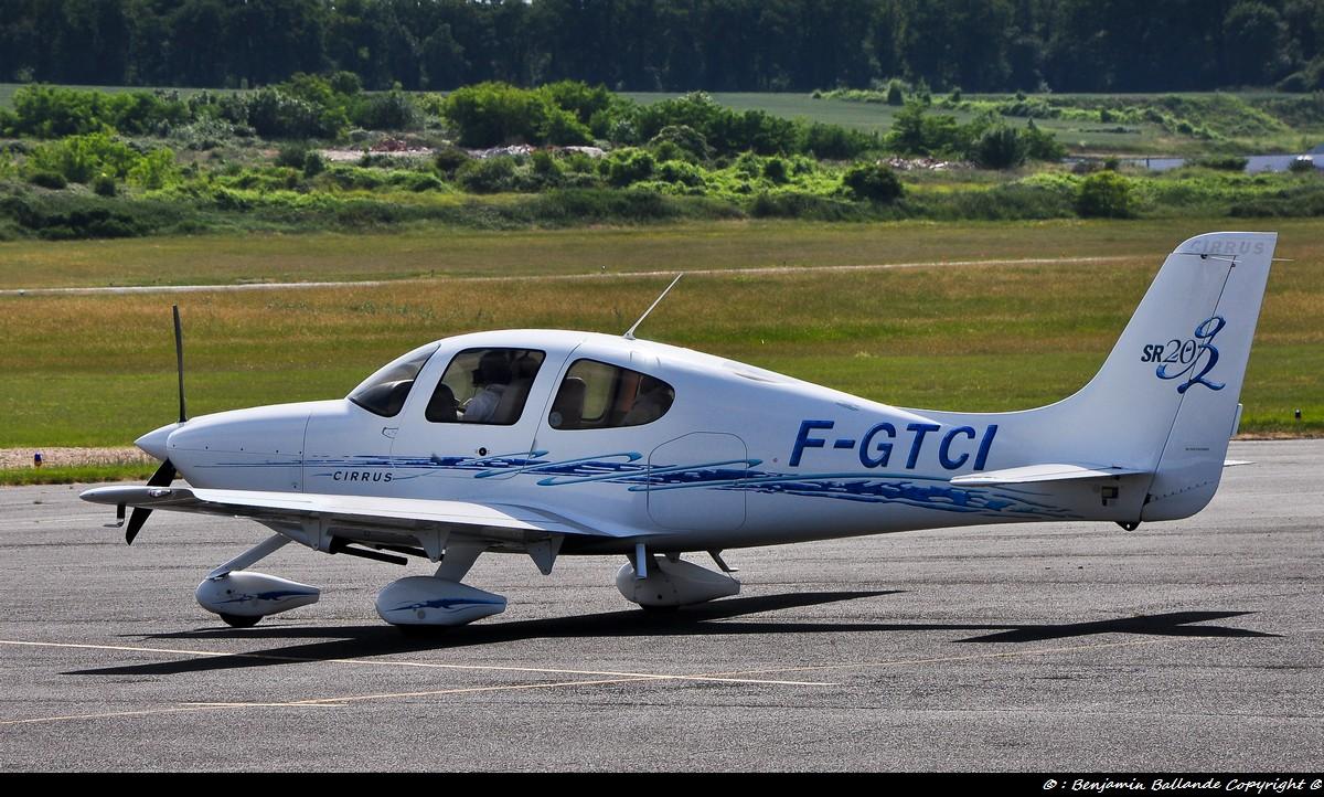 Aérodrome de Royan Médis 25548
