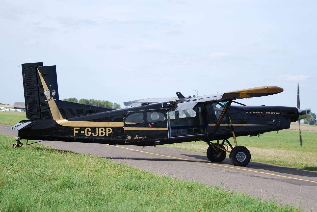 Pilatus PC6 Turbo Porter - F-GJBP