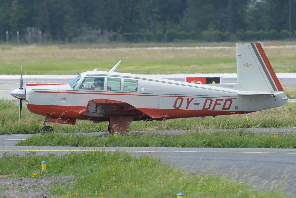 Mooney M 20 F Executive - OY-DFD