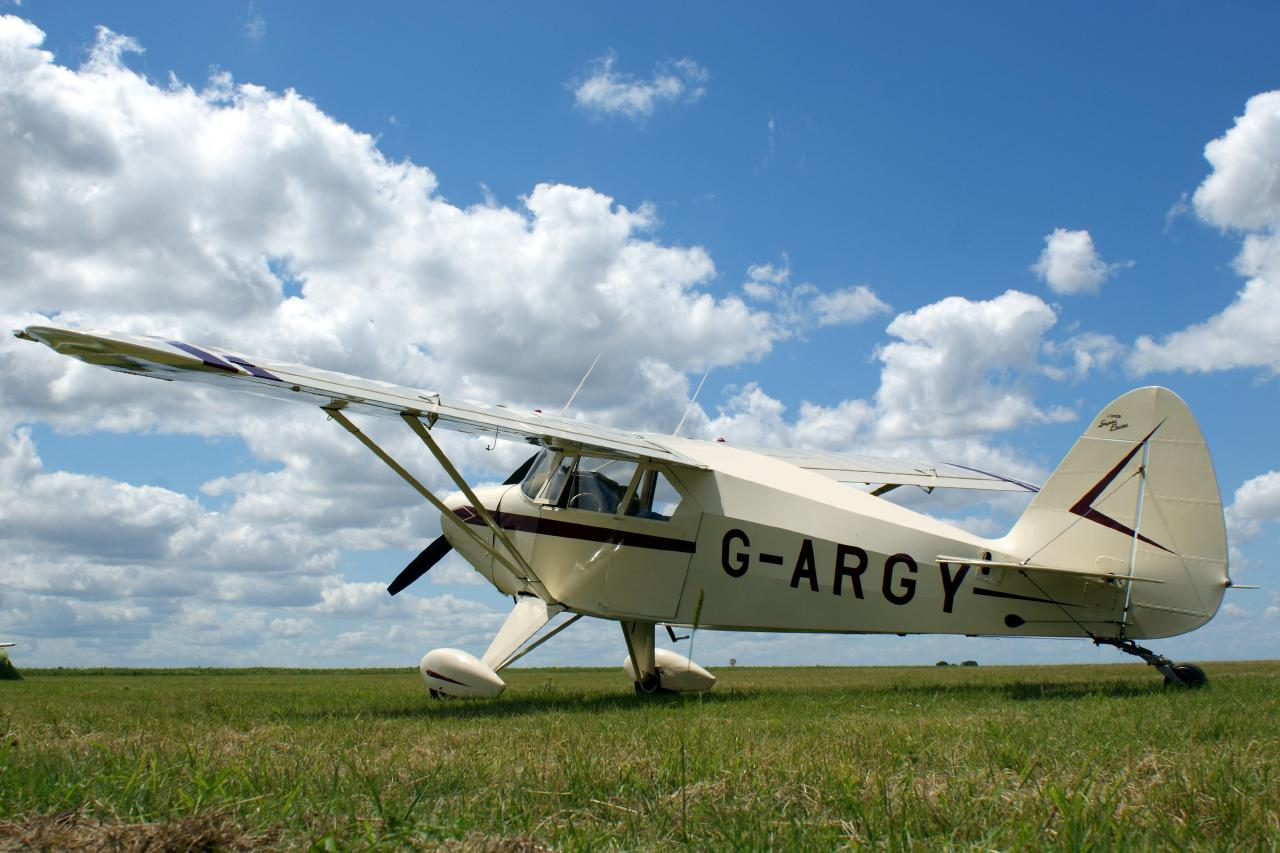 Piper PA-20/22 Super Pacer - G-ARGY