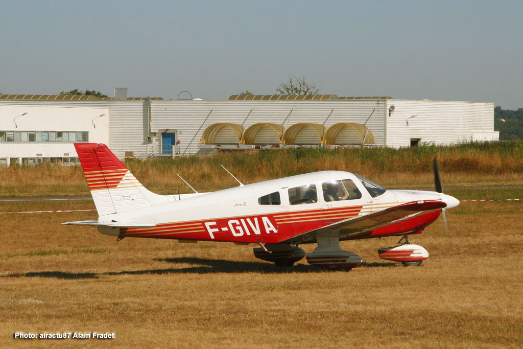 Piper PA-28-181 Archer - F-GIVA
