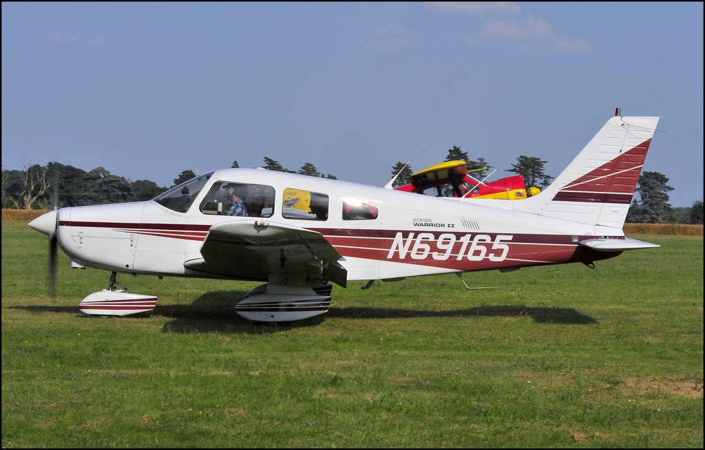 Piper PA-28-161 Warrior - N69165