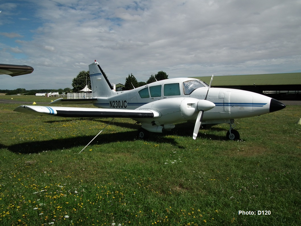 Piper PA-23-250 Aztec - N230JC