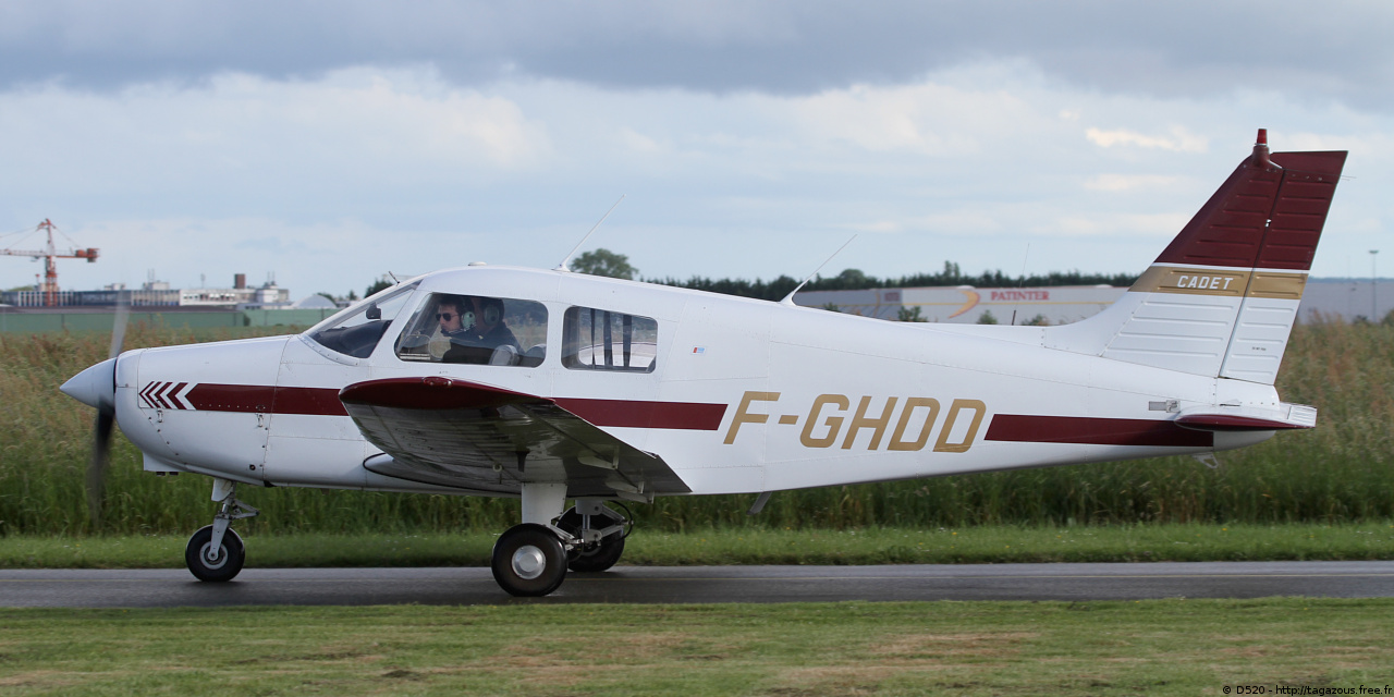Piper PA-28-161 Cadet - F-GHDD