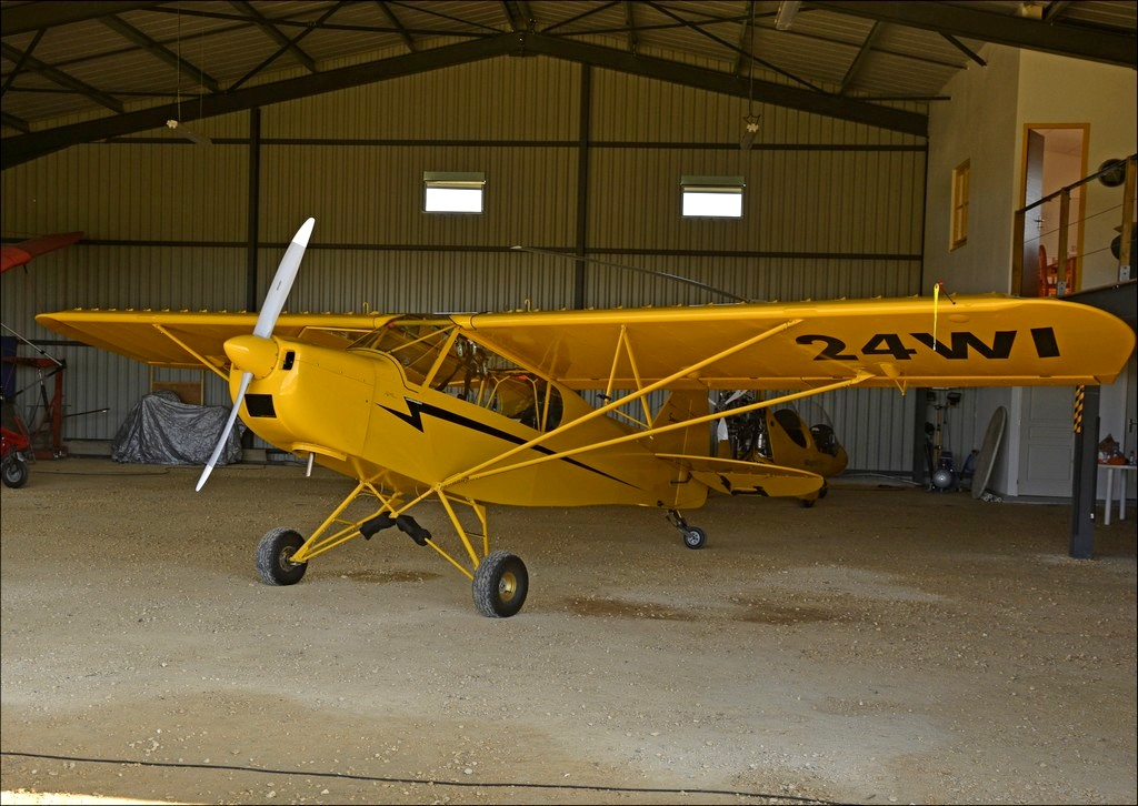 Zlin Aviation Savage Cub - 24 WI