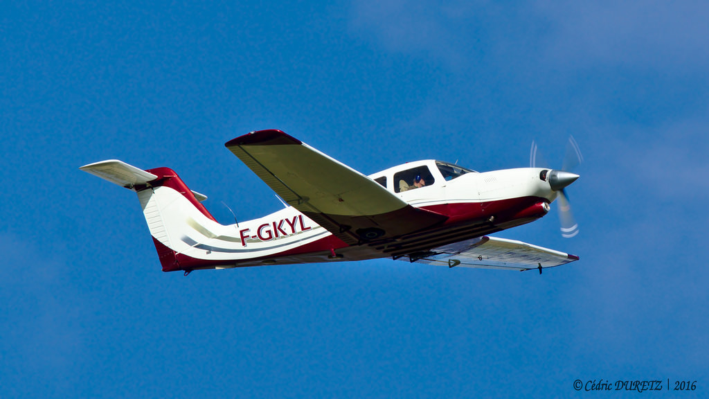 Piper PA-28 RT-201 T Arrow - F-GKYL