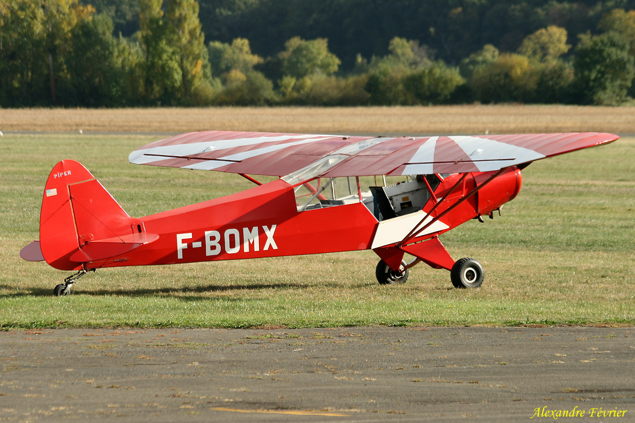 Piper PA-19 Super Cub - F-BOMX