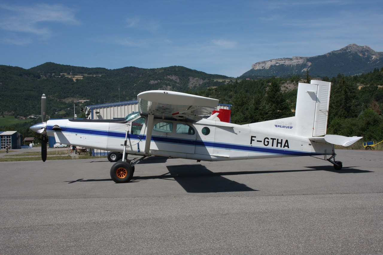 Pilatus PC6 Turbo Porter - F-GTHA