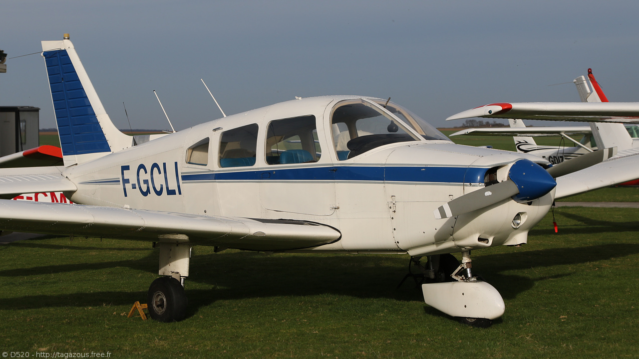 Piper PA-28-161 Warrior - F-GCLI