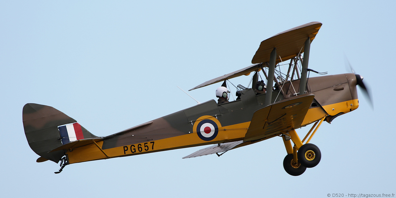 De Havilland DH 82 Tiger Moth - G-AGPK