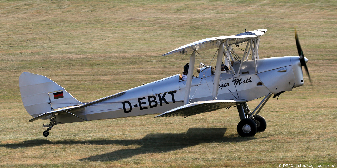 De Havilland DH 82 Tiger Moth - D-EBKT