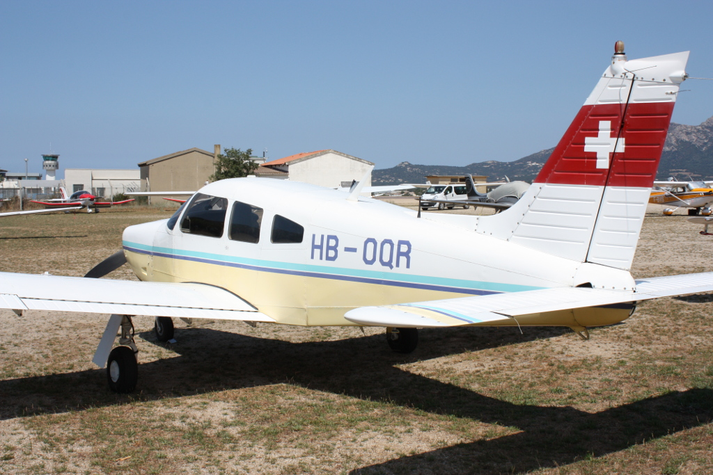 Piper PA-28 R-200 Arrow - HB-OQR