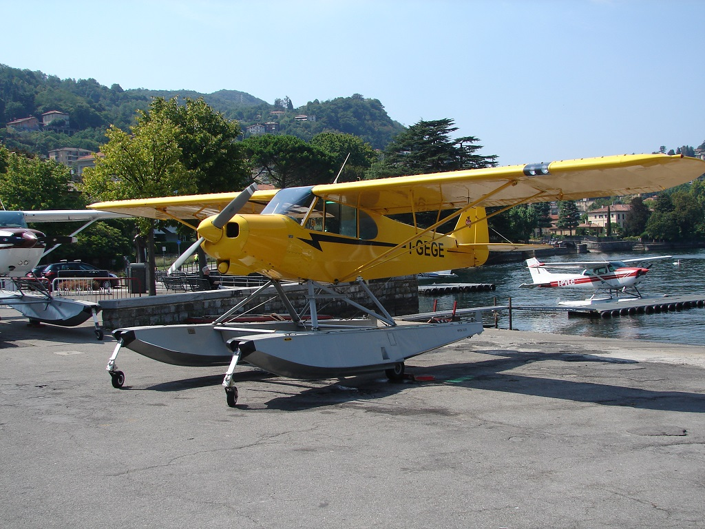 Piper PA-18 Super Cub - I-GEGE