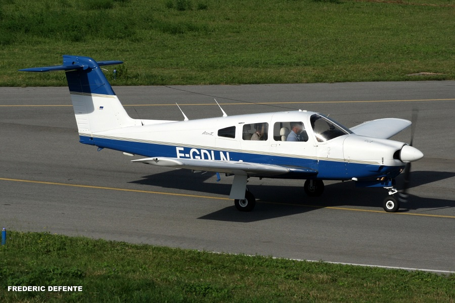 Piper PA-28 RT-201 Arrow - F-GDLN