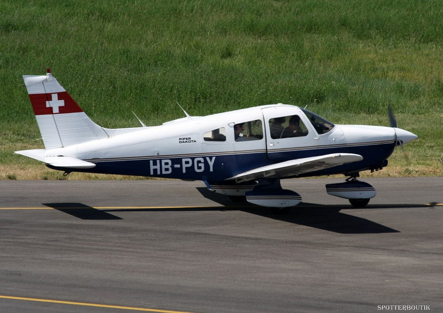Piper PA-28-236 Dakota - HB-PGY
