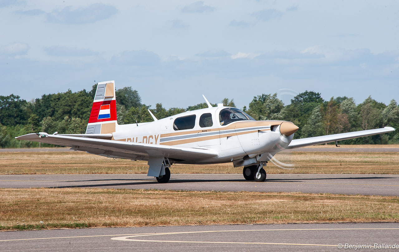Mooney M 20 K - PH-DGY