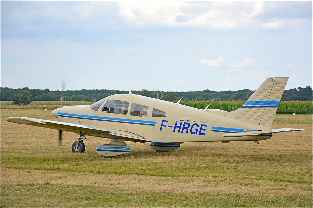 Piper PA-28-181 Archer - F-HRGE