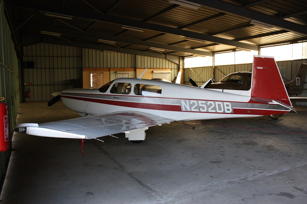 Mooney M 20 K - N252DB