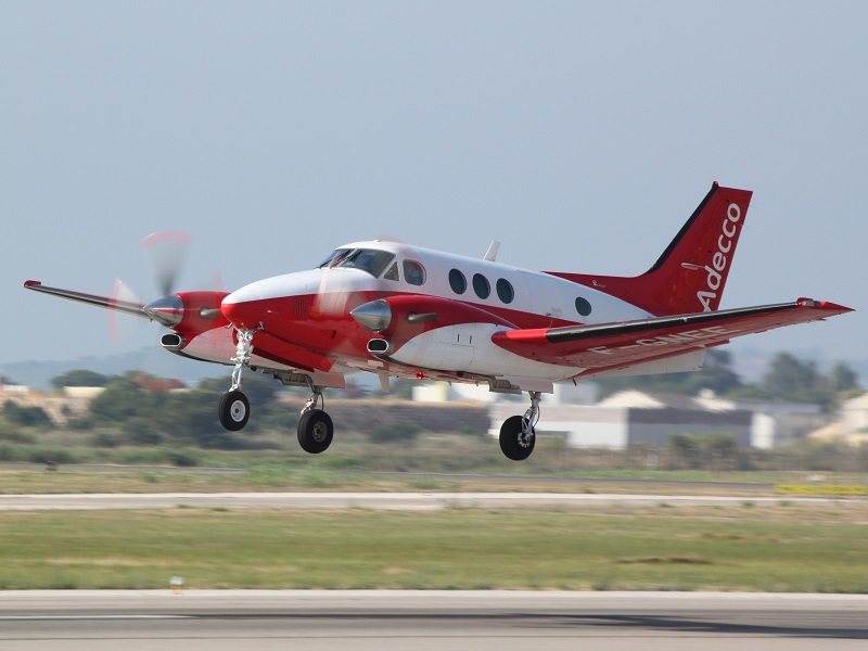 Beech 90 King Air - F-GNEE