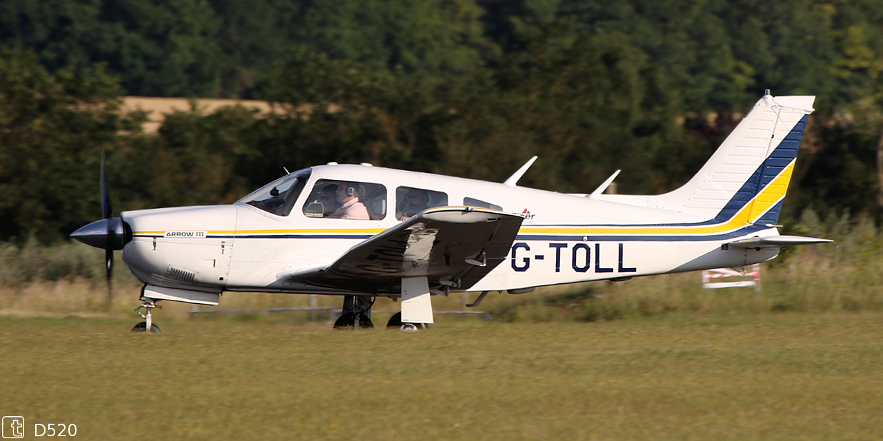 Piper PA-28 R-201 Arrow - G-TOLL