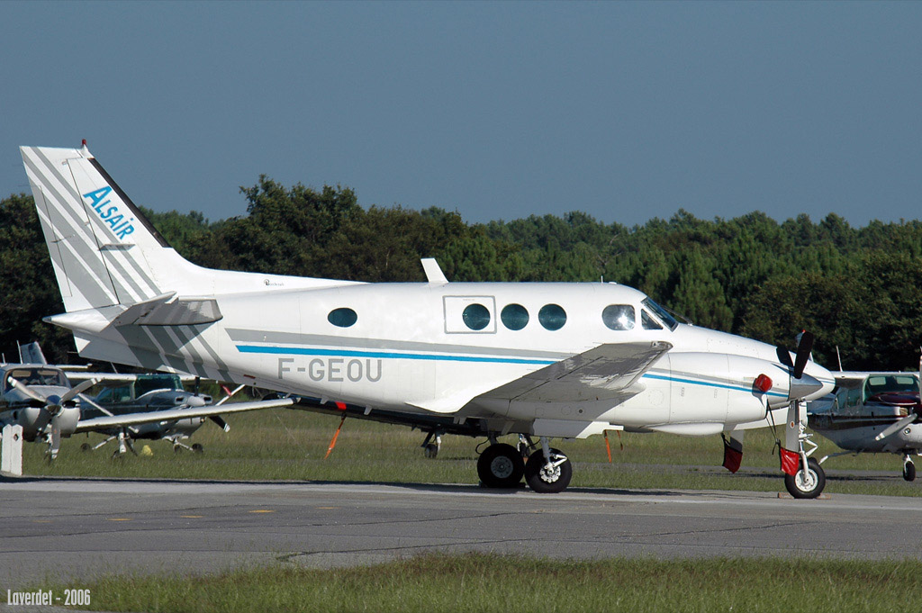 Beech 90 King Air - F-GEOU