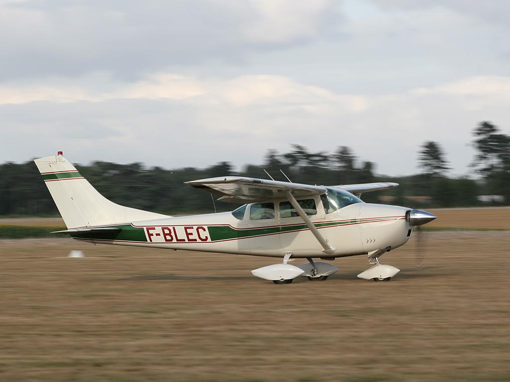 F Blec Cessna 182
