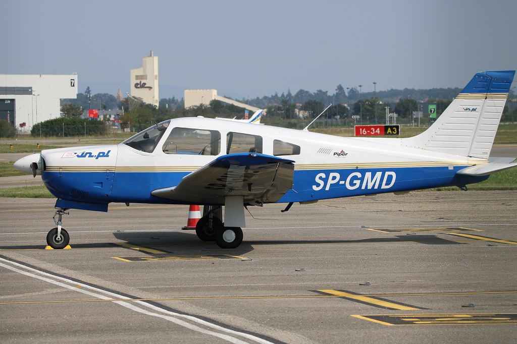 Piper PA-28R-201 Arrow - SP-GMD