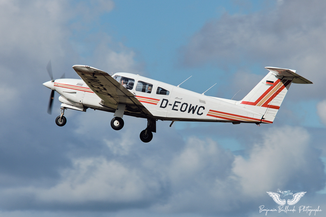 Piper PA-28 RT-201 T Arrow - D-EOWC