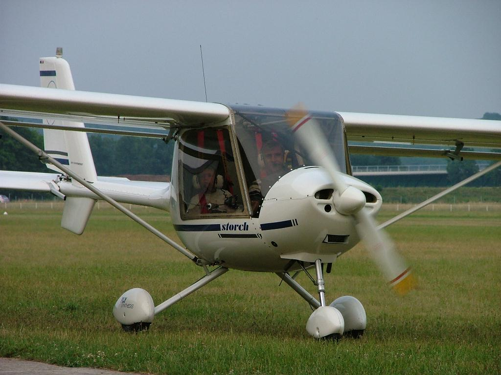 Fly Synthesis Storch - 77 AMA