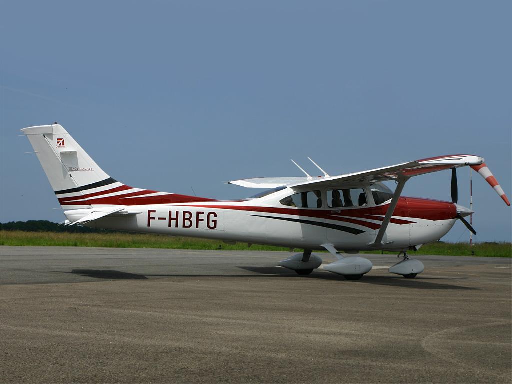F Hbfg Cessna 182