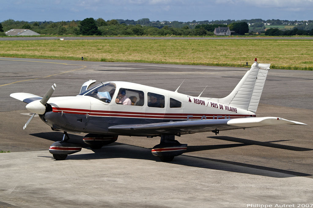 Piper PA-28-181 Archer - F-GJEN