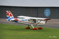 8372 - Ultravia Pelican PH-TTY